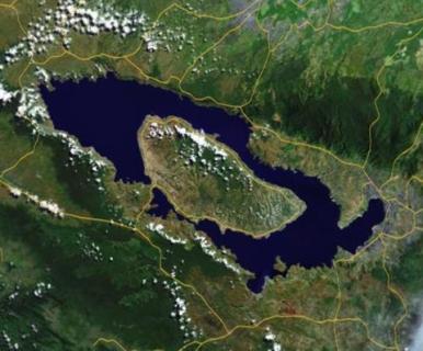 Toba Lake1