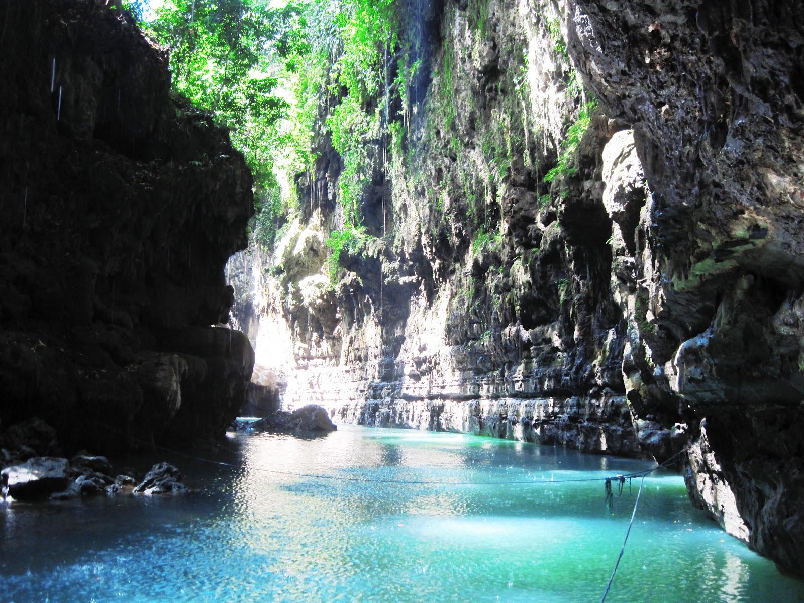 Green Canyon Pangandaran Indonesia Tourism